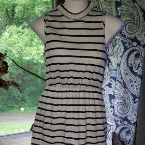 B&W Sleeveless Summer Dress B0*Bel Small